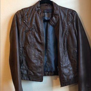 Zara brown leather jacket (m)